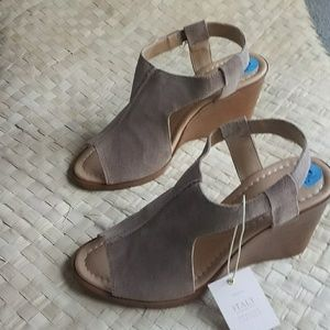 Sale Sophia milano made in italy  suede wedge